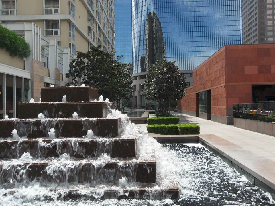 LA City Scape-fountain