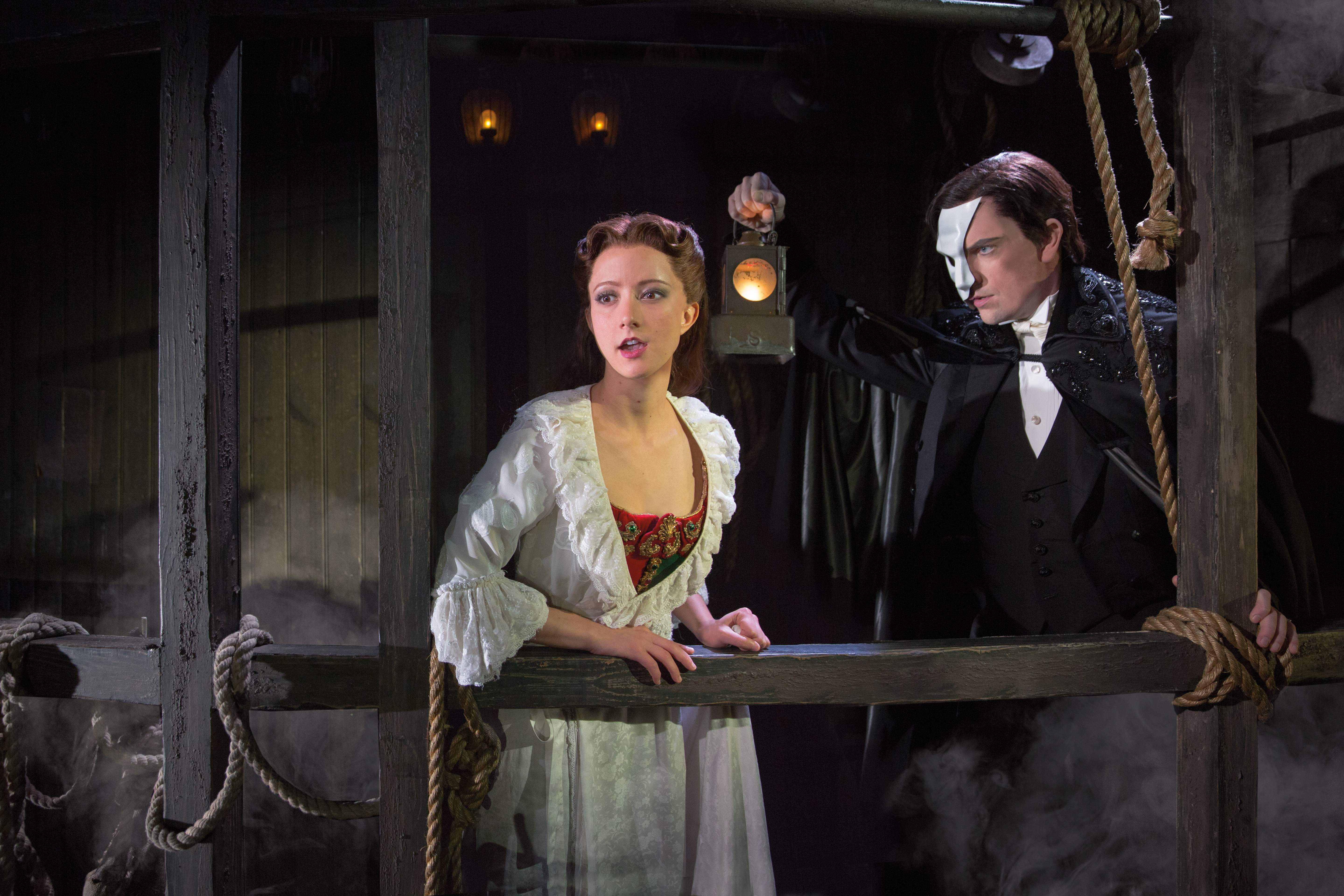 Katie Travis and Chris Mann star in The Phantom of the Opera at The Pantages Hollywood. Photo by Matthew Murphy