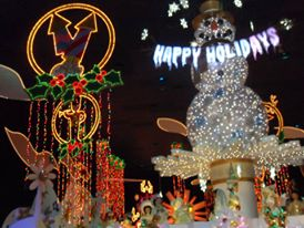 Disneyland's 'Small World' rings in the holidays. The Holiday season kicked off on Friday, November 13 in tandem with Disneyland's 60th anniversary celebration.