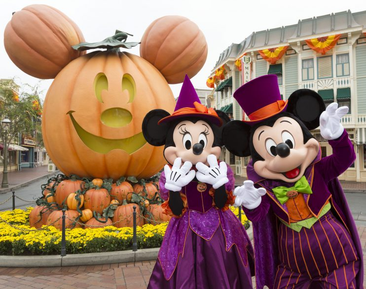 disneyland-mickey-halloween-16