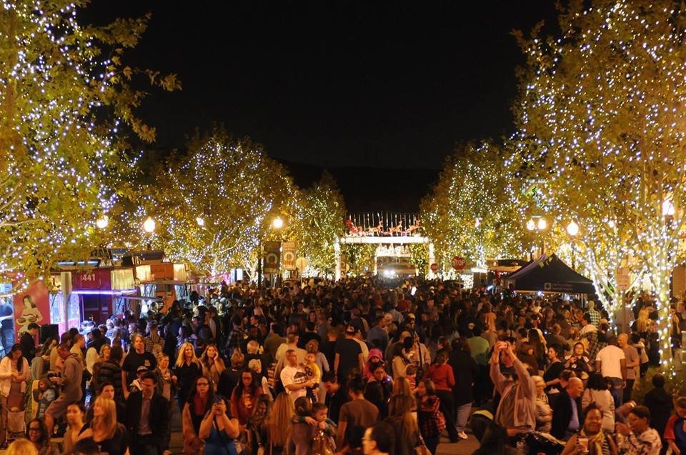 dont miss santa claritas community holiday kick off with light up main street coming november 19 - Christmas Lights In Santa Clarita