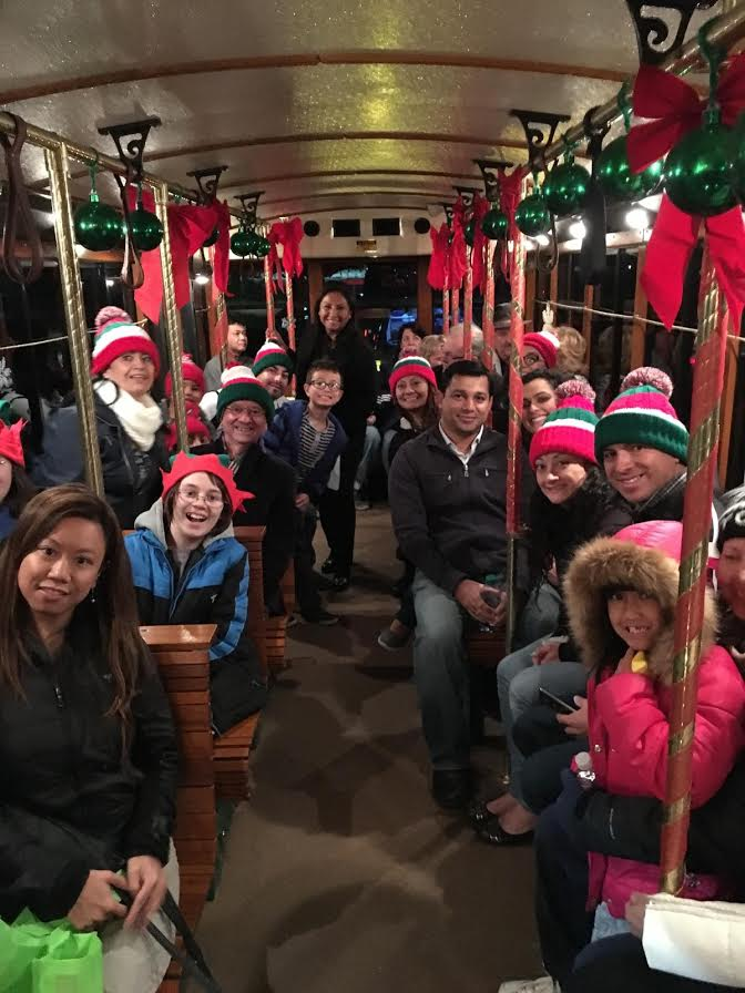 SANTA CLARITA TRANSIT TO OFFER HOLIDAY LIGHT TOUR